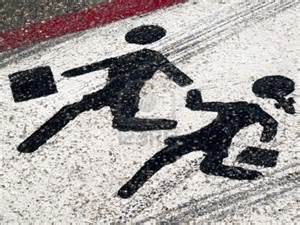 child-crossing-road
